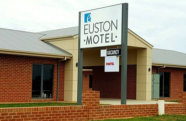 Euston Motel, Euston