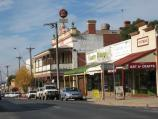 Rutherglen / Commercial centre and shops, Main Street / View south-east along Main St towards Victoria Hotel