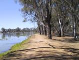 Shepparton / Victoria Park Lake, Goulburn River, Aquamoves centre / Victoria Park Lake at Tom Collins Drive, view south towards caravan park