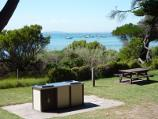 Sorrento / Sorrento Front Beach opposite St Pauls Road / Picnic and BBQ area overlooking beach