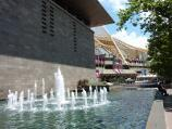Southbank / National Gallery of Victoria, St Kilda Road / Fountain and gallery moat