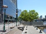 Southbank / Southbank Promenade and Yarra River / View west along Southbank Promenade opposite Riverside Quay Reserve