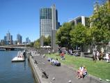Southbank / Yarra Promenade and Yarra River / View east along Yarra Promenade and Yarra River towards Crown Towers