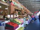 South Melbourne / South Melbourne Market / Fruit vendors, Coventry St