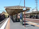 South Yarra / South Yarra railway station, Toorak Road / View along platform