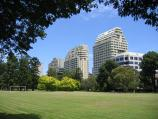 South Yarra / Fawkner Park / View south through park towards buildings on St Kilda Rd