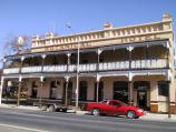 St Arnaud / Commercial centre and shops / Botanic Hotel, Napier St