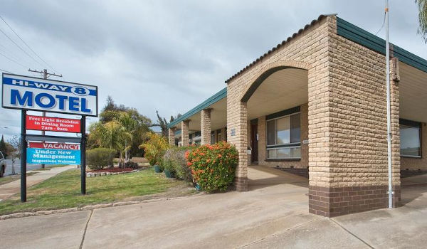 Hi-Way Eight Motor Inn, Stawell