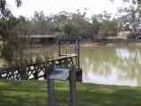 Swan Hill / Murray River and Riverside Park / View across Murray River at Riverside Park near bridge