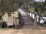 Swan Hill / Pioneer Settlement / Footbridge across to Pental Island