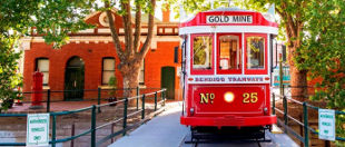Bendigo attractions Travel Victoria accommodation visitor guide
