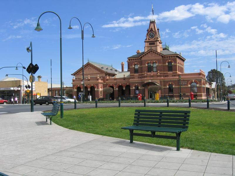 Traralgon photos travel victoria accommodation visitor guide - Australian tourism office ...