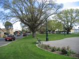 Traralgon / Kay Street area / View west along gardens in centre of Kay St between Franklin St and Church St