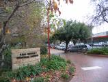 Wangaratta / King George V Memorial Gardens, Ovens Street / Entrance at corner of Rowan St and Ovens St