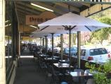 Warburton / Main Warburton commercial centre and shops / Outdoor tables at cafes along Warburton Hwy