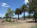 Warracknabeal / Anzac Park / View towards oval and pavillion