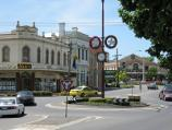 Warragul / Commercial centre and shops / View north along Victoria St at Queen St