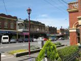 Warragul / Commercial centre and shops / View east along Queen St at Victoria St