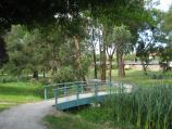 Warragul / Rotary Park, corner Princes Way and Latrobe Street / Footbridge over creek