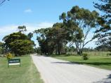 Werribee / Main Drive, Werribee Park Tourism Precinct, Werribee South / View south along Main Dr