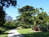Werribee / Werribee Park and The Mansion, Werribee South / Garden beside the Great Lawn