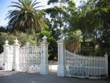 Williamstown / Fearon Reserve and Williamstown Botanic Gardens, Giffard Street / Gates and entrance to Botanic Gardens, corner Giffard St and Osborne St