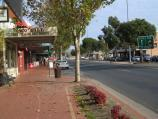 Wodonga / High Street north of railway line and surrounding streets / View south along High St, just south of South St
