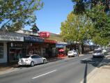 Wodonga / High Street north of railway line and surrounding streets / Shops along east side of High St, south of South St