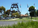 Wonthaggi / Apex Park, Murray Street / View north towards Apex Park from Murray St at McBride Av