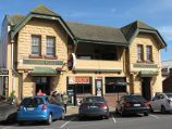 Yarragon / Commercial centre and shops, Princes Highway service road / Commercial Hotel