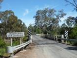 Yea / Goulburn River at Ghin Ghin Road / View south along Ghin Ghin Rd towards bridge